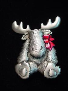 """""""JJ"""" Jonette Jewelry Silver Pewter 'MOOSE with Red Ribbon' Pin"""