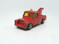 CORGI JUNIOR LAND ROVER TOW TRUCK IN RED