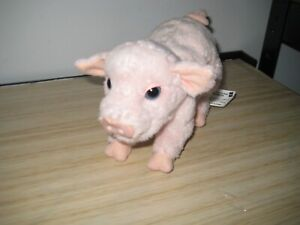 FURREAL BABY NEWBORNE PIGLET WITH MOVING NOSE ,SOUND AND TAIL. GREAT USED