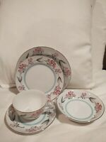 Kent Ecstasy 2 Cups, 2 Saucers, 2 Bread Plates, 2 Salad Plates & 2 Berry Bowls