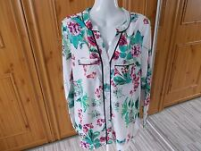UNBRANDED GREEN AND WHITE SILKY FEEL FLORAL BLOUSE SIZE 18 [259717809773]