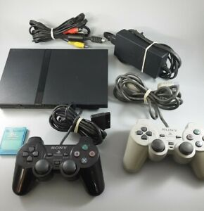Sony PS2 Slim /w 2 controllers