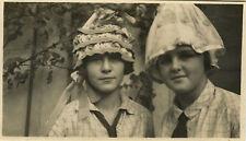 PHOTO ANCIENNE - VINTAGE SNAPSHOT - CATHERINETTE STE CATHERINE CHAPEAU DRÔLE-HAT