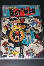 Batman 213 DC original en ingles Giant The Origin of Robin, Alfred, Clayface
