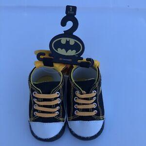 DC Comics Black Gold Batman Baby Crib Shoes Booties Slippers Sz 3-6M S 13