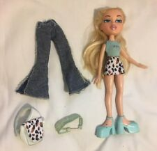 Bratz Cloe 2001 FIRST EDITION DOLL with Original Clothes and Accessories