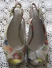 Pre-Owned....*Django & Juliette* Leather Sandals...Size 36...Excellent Condition