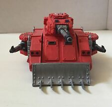 Warhameer 40k Predator Tank Painted in Blood Angel Theme
