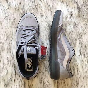 Men's Vans Ave Pro Suede Skate Shoes Sneakers Reflective Gray Black M9.5