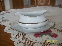 Eschenbach Bavaria Germany Baronet Porcelain China Diana Gravy Boat Underplate