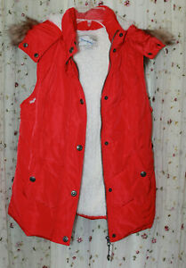 Womens Green Tea Red Faux Fur Trimmed & Lined Winter Vest Size Small/S
