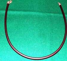 Girocollo in plastica nera, chiusura in metallo. Dimensioni: lungh. cm.42, circo