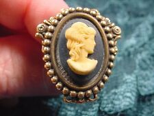 (Chat-T2-2) Lady wavy hair black oval Cameo hatpin doll hat Pin pins brass