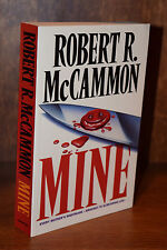Robert McCammon MINE 1st UK Edition UNREAD Fine Condition Rare Swan Song Stinger