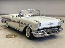Franklin/Danbury mint 1:24 1957 Pontiac Bonneville  Classic vintage model rare