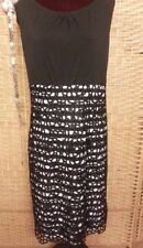 Size 20 Black & White Stripped Lace Overlay Knee Length Smart Dress With Stretch