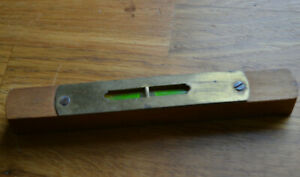 Vintage Old Small Wooden Wood Spirit Level Brass Cover 6'' 15cm in working order