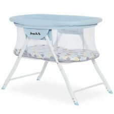 Dream On Me Poppy Portable Baby Bassinet in Brown and Blue