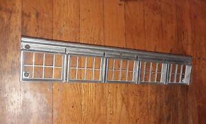 1982-1983-1984-1985-1986-1987-1988-1989 Dodge Diplomat Signal Light Bezel-LH