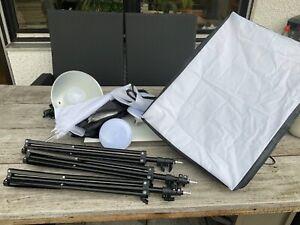 Softbox 3er Set OUBO 50x70 mit E27 Lampenschirm und 84cm Fotoschirm, Dauerlichtc