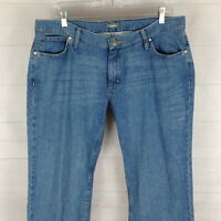 Cabela's womens size 12S blue med wash mid rise straight 100% cotton jeans EUC