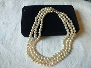 CAMROSE+KROSS ICONIC JACKIE'S PEARL'S 3 ROW NECKLACE+DIAMANTE CLASP, SIGNED JBK
