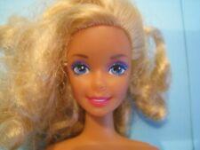 """poupée Mattel """"Barbie"""" des années 80' lot N°480"""