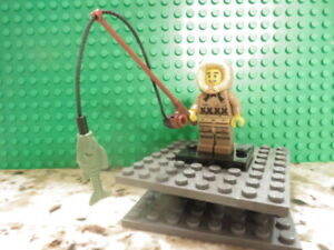 Lego Minifig: #8805-4 Col05-4 Series 5 ICE FISHERMAN.  Collectible Minifig