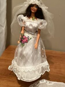 vintage Mattel Barbie Bride doll 1980s with hoseiery and extra veil jewelry tags