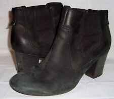 Clarks Bendables Stroll Valley Black Nubuck Leather Heeled Ankle Boots 11