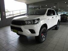 HiLux Right-Hand Drive Manual Passenger Vehicles