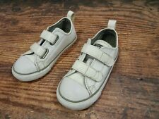 Converse White leather infant trainers size 9