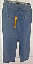 NWT RIGHHT FIT byCATHERINES WOMEN JEANS Sz [ 16W P ]DENIM BLUE,ZIP/FRONT,5 POCKE
