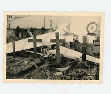 Photo Snapshot - crash d'avion dans un cimetière plane débris aile