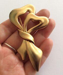 Vintage Signed Monet Jewellery Matt Gold Plate Stylised Ribbon Bow Brooch