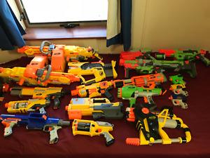 NERF GUNS * HUGE LOT * 17 Guns * 2x Vulcans * Firefly * Dart Tag * Vests * Ammo