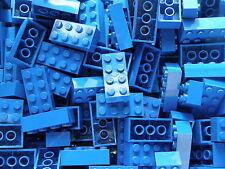 LEGO 50 x BLUE BRICKS 2 x 4  No 3001   CITY-STAR WARS-MOVIE-FRIENDS