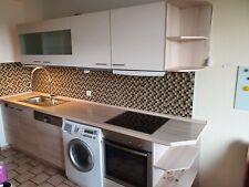Einbauküche mit Elektrogeräten Küche