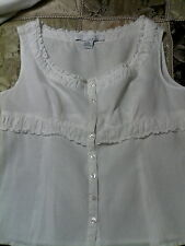 LUCY AND LAUREL WHITE LINEN RUFFLE BLOUSE XLARGE TOO CUTE