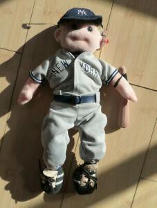 Beanie Baby: Fastball Freddie. Very Rare, New York Yankees.  Retired