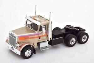 IXO MODELS TR076  Freightliner FLC 120 64 T 1977 camion Beige Metallic  1:43