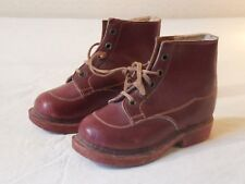 910719a336833 Paire d anciennes chaussures d enfant 1950 montante T15.