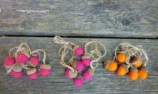 12 Eicheln aus Filz - sortiert in 3 Farben - Herbstdekoration - mit Aufhängung