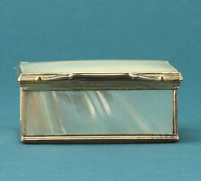 barocke Perlmutt Tabatiere um 1750  Antique Gilt Mother-of-Pearl Snuff Box