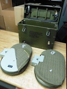 2 Bell & Howell Military Aircraft Magazine Motion Picture 1000ft 35mm & Case Box