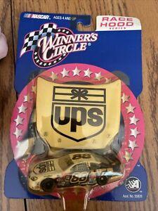 1:64 Winner's Circle Dale Jarrett #88 UPS 2001 Ford Taurus