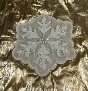 ❄ 4 GLASS BEADED CRYSTALS CHRISTMAS WINTER WHITE SILVER SNOWFLAKE PLACEMATS
