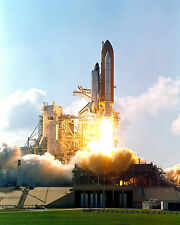 LAUNCH OF SPACE SHUTTLE ATLANTIS ON STS-112 MISSION - 8X10 NASA PHOTO (ZZ-458)