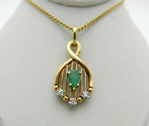 Vintage 14k Gold Beautifully shaped Emerald Pendant Diamond Accents Necklace