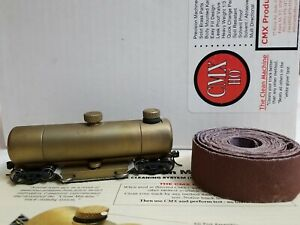 CMX HO SCALE BRASS TRACK CLEANING CAR - 'CLEAN MACHINE' w/ ABRASIVE ROLL REFILL